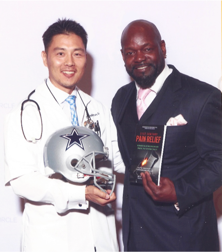dr-phillip-yoo_nfl-champion-emmitt-smith-touched